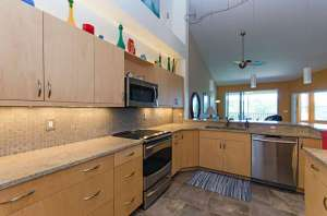 4650 Yacht Harbor Drive kitchen