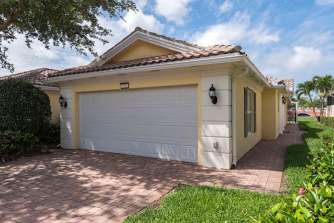 7221 Bellini Way Naples FL-small-001-10-Front-666x445-72dpi