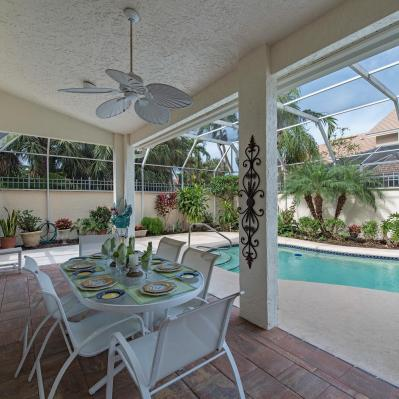 2216-paget-circle-naples-fl-large-011-12-patio-1499x1000-72dpi
