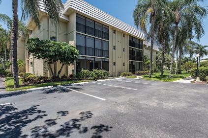 788 Park Shore Dr G21 Naples-large-001-1-Building ext-1498x1000-72dpi